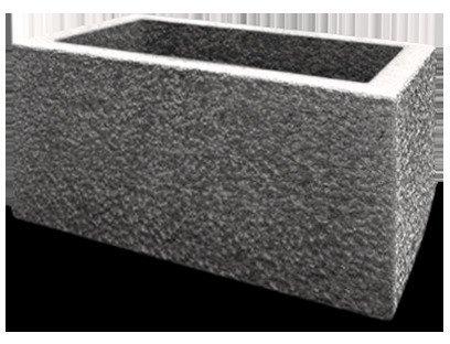 grauer pflanzkasten aus stabilem schwerem granit. Black Bedroom Furniture Sets. Home Design Ideas